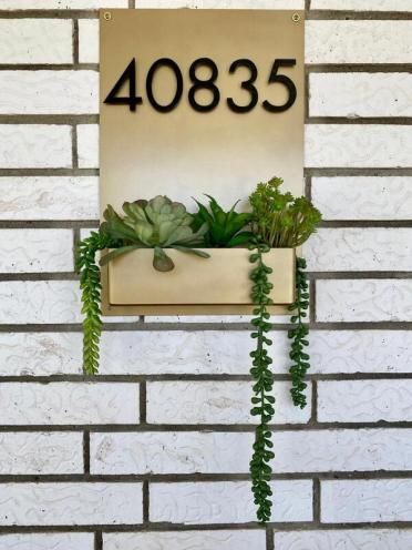 Built-in-planters-3
