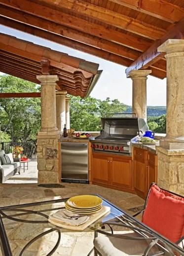 Outdoor-kitchen-designs-58-1-kindesign