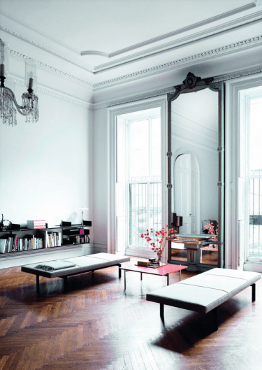 Photo-of-an-eclectic-living-room-decorating-with-mirrors