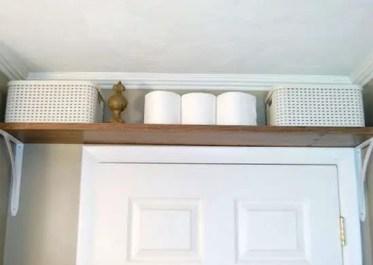 Bathroom_shelf