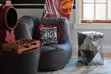 Boys-modern-bedroom-by-matthew-maccaul-turner