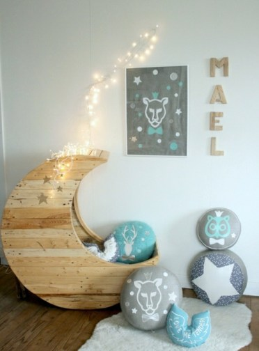 Cool-furniture-from-euro-pallets-55-craft-ideas-for-recycled-wooden-pallets-7-363