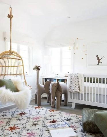 Nursery-elephant-giraffe-hanging-rattan-chair