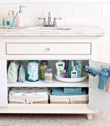 Organize-master-bathroom-xl