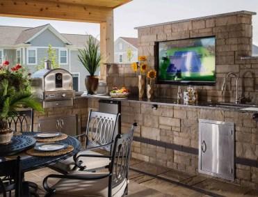 Rustic-outdoor-kitchen