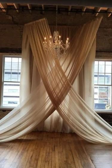 Vintage-rustic-wedding-backdrop-ideas