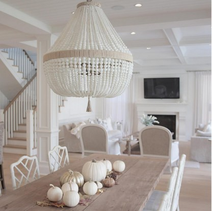 1-white-and-metallic-pumpkins-and-dry-leaves-as-table-centerpiece.-jshomedesign-via-instagram