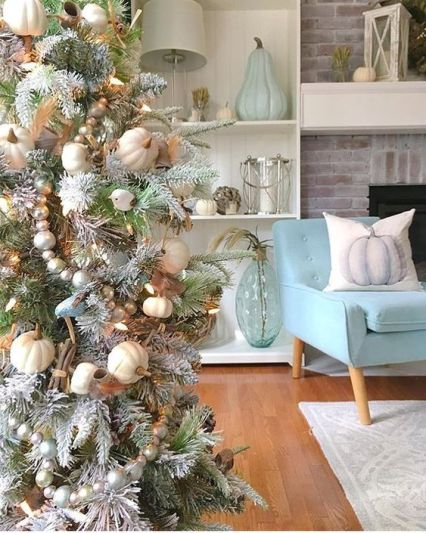 1-a-snowy-thanksgiving-tree-with-white-pumpkins-beads-cinnamon-lights-and-leaves-for-fall