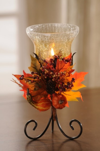 1-cozy-and-cute-candle-decor-ideas-for-fall-11-554x834-1