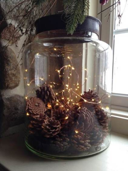 45-atmospheric-holiday-decorating-ideas-with-fairy-lights-18