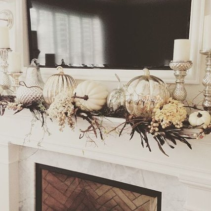 62-exciting-fall-mantel-decor-ideas-8