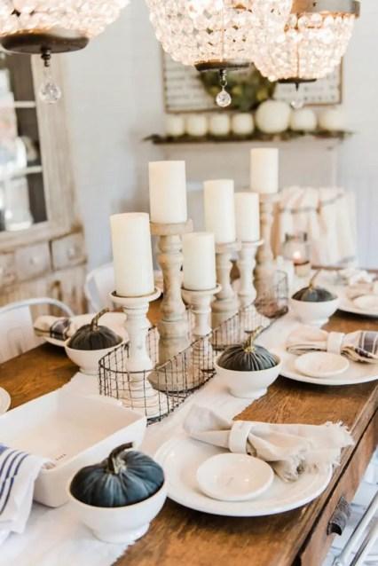 Beautiful-farmhouse-fall-decor-ideas-table-setting-candles-and-pumpkins