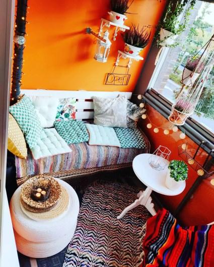 Enclosed-small-balcony-ideas-lilltravels