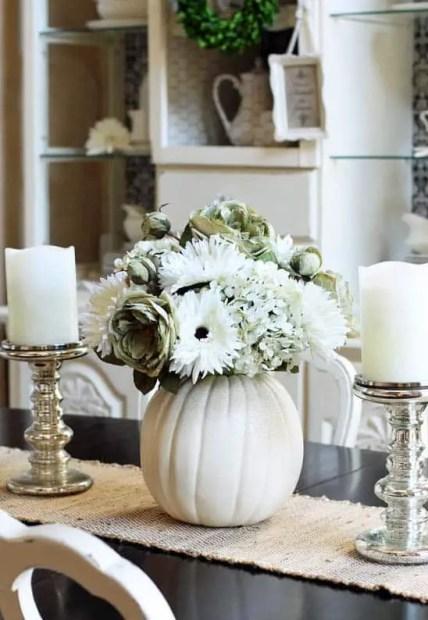 Fall-decorating-ideas-white-pumpkins-27-1-kindesign