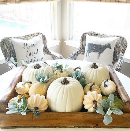 Famrhouse-fall-decor.-i_heart_home_design-via-instagram.