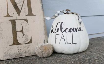 Welcome-fall-on-white-pumpkin