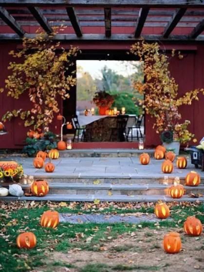 Awesome-outdoor-fall-wedding-decor-ideas-18