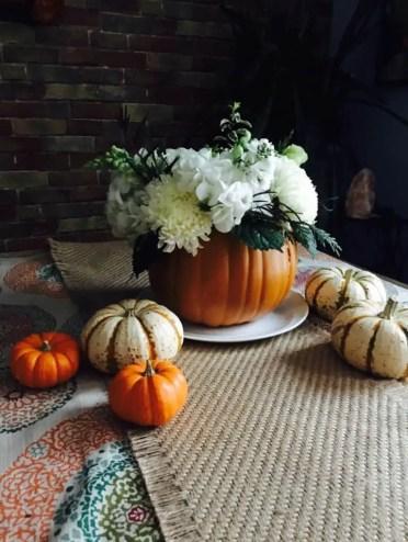 Diy-fall-and-thanksgiving-pumpkin-centerpieces-3