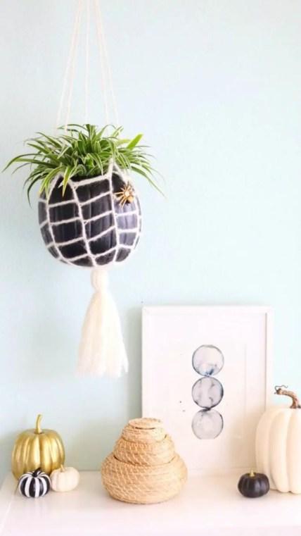 Hanging-pumpkin-web-planter-768x1368-1