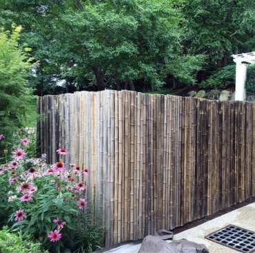 Natural-unstained-bamboo-fence-design-ideas