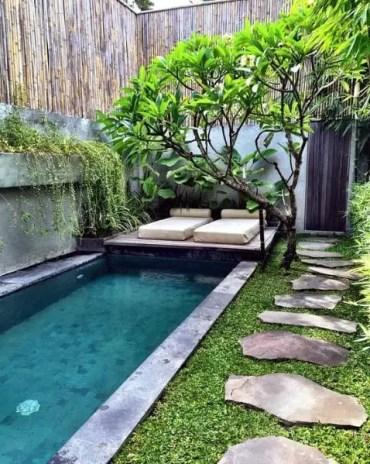 Pool-bamboo-fence-ideas