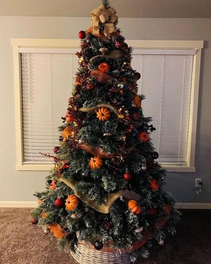Thanksgiving-christmas-tree-21