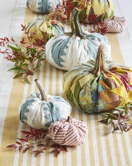Vintage-quilt-pumpkins-1626731973
