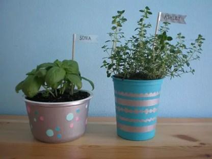1-diy-planters-closer