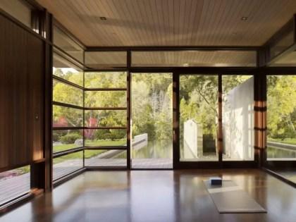 33-minimalistische-Meditationsraum-Design-Ideen-6-775x582-1