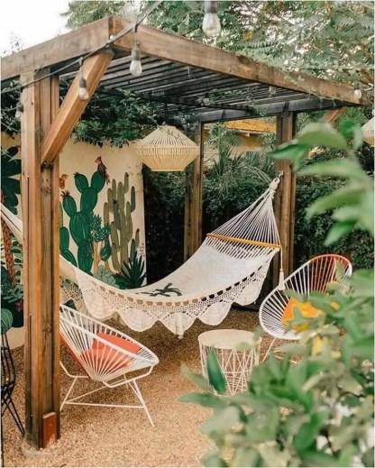 Amazing-pergola-ideas-for-shading-your-backyard-patio-23-1-kindesign