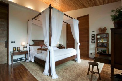 Canopy-bed-ideas-that-delights-your-room3