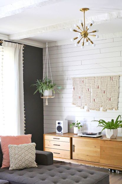 Hanging-shelf-can-also-be-used-as-a-plant-stand