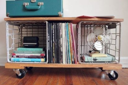 Industrial-bookshelf-on-crates