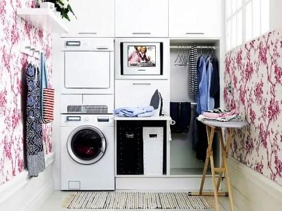 Laundry-room-wallpaper