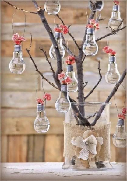 Old-bulbs-tree-recycled-homemade-idea
