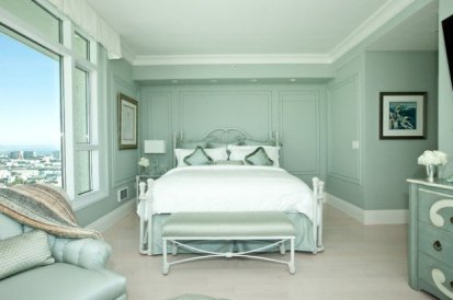 Pastel-and-soft-colors-for-perfect-relaxation-atmosphere-in-your-bedroom-1-620x412-1
