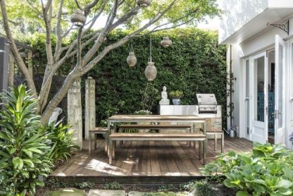 Small-deck-for-outdoor-kitchen