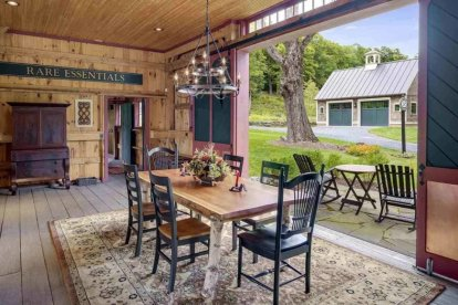 Country-style-dining-room-december42019-12-min-870x580-1