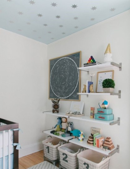 Cute-yet-practical-nursery-organization-ideas-33-1