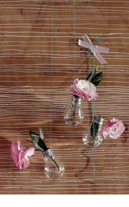 Diy-decoration-from-bulbs-120-craft-ideas-for-old-light-bulbs-110-566
