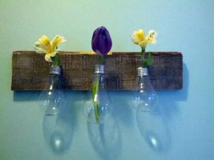 Diy-decoration-from-bulbs-120-craft-ideas-for-old-light-bulbs-76-566