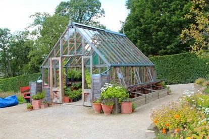 Garden-cold-frame-greenhouse