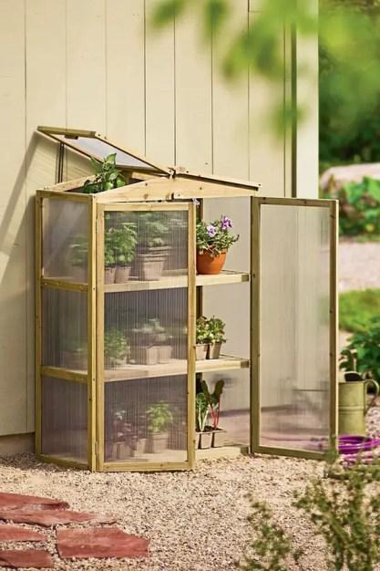 Handmade-diy-tiny-greenhouse-ideas