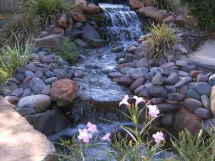 Entspannende-hinterhof-und-garten-wasserfälle-63-554x415-1