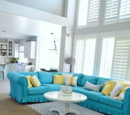 Turquoise-slipcover-sofa-600x610-1