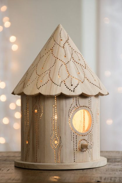 15-enchanting-night-light-designs-made-with-laser-cut-wood-8-768x1152-1