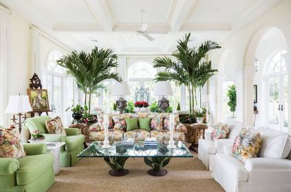 Prints-and-pops-of-color-bring-brightness-to-the-white-tropical-style-living-room