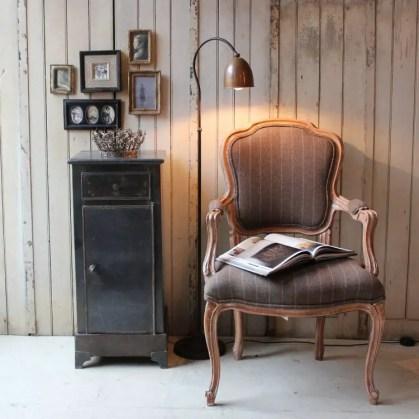 Sessel-Vintage-Deko-Wand-Lampe-Wand-Möbel