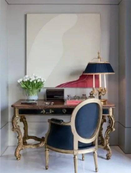 Möglichkeiten-um-antike-Stühle-in-modernes-Dekor zu integrieren-18
