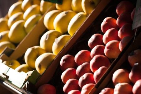 Fruta en las calles de París, France. © mateoht 1990-2013 - http://lafotodeldia.net